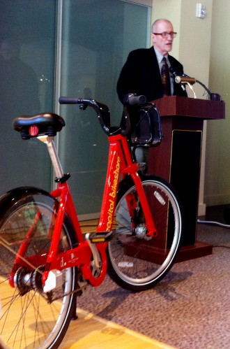 SDOT Director Peter Hahn talks about Puget Sound Bike Share