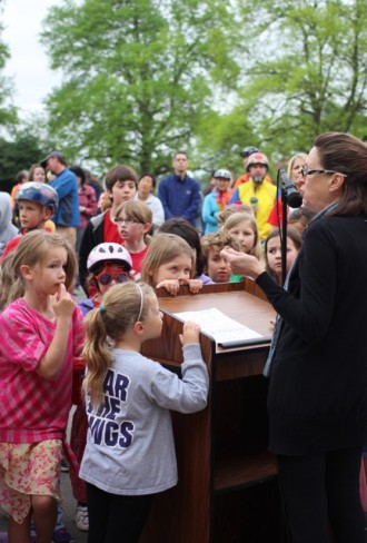 Seattle School Boardmember Kay Smith-Blum speaking at the Bike to School Day rally (photo courtesy Ravenna Blog)