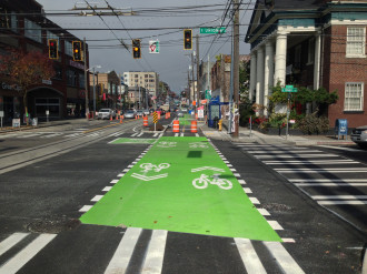 Photo by Gordon Werner (click for more bikeway and streetcar photos)