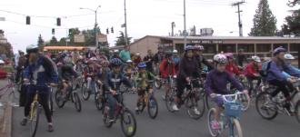 A huge bike train to Bryant Elementary on Bike-to-School Day 2013