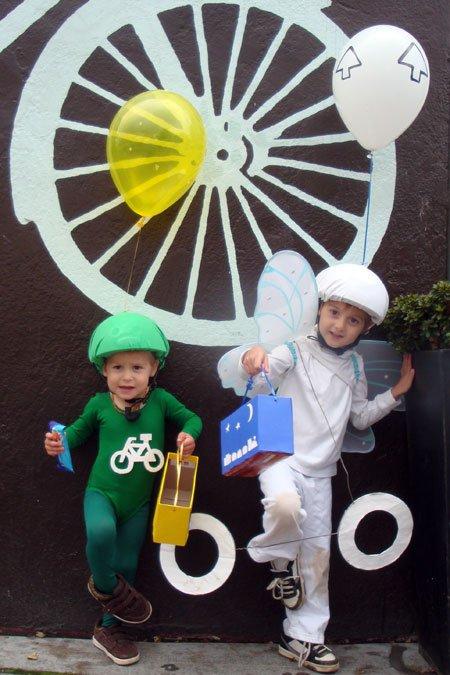 Halloween 2011: Bike box and bike lane guy icon