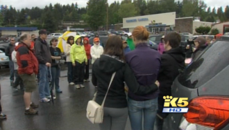 Screenshot from a King 5 report on traffic danger in Kenmore. The problem is not on the trails.