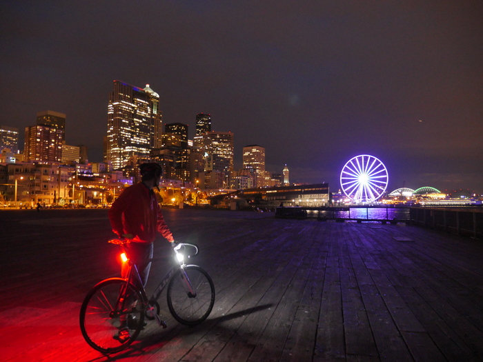 Crowdfunding Seattle Based Bike Lights Pass 100k Redmond Based Commuter Bike Passes 30k Seattle Bike Blog