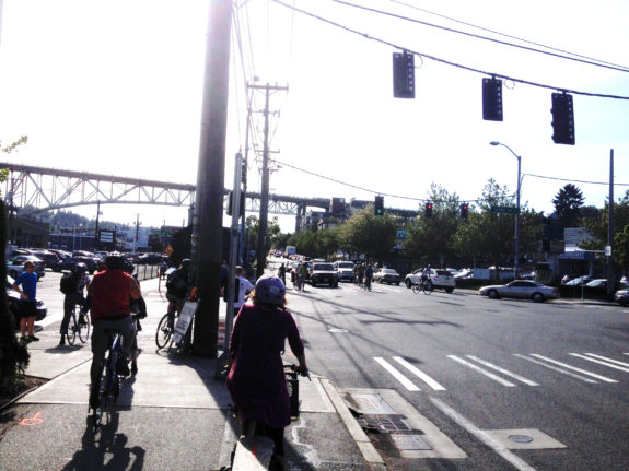 Facing west on the trail. It's difficult for groups of people to make the diagonal crossing at this intersection to reach the N 34th Street bike lane.
