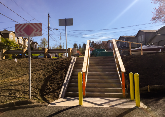 Photo of the staircase in the middle of the greenway route on 17th Ave SW near SW Orchard St.